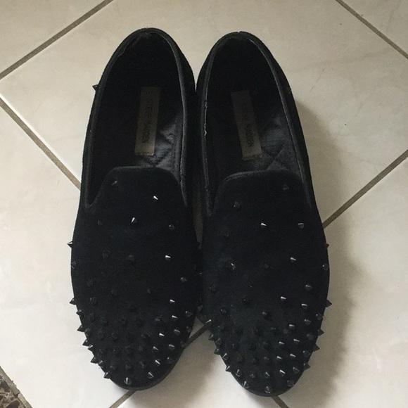 d9f7a4d784e Steve Madden MEN suede leather studded shoes.